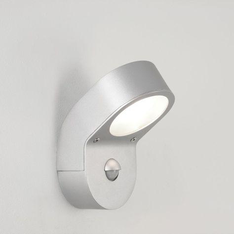 LED Solar Außenleuchte PIR Bewegungssensor Wandlampe Außenstrahler schwarz DE