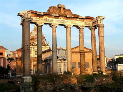 Forum romain - Temple de Saturne