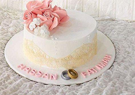 كيكة أرائكم الجميلة تسعدني القطيف كيكة سيهات الخبر الدمام القطيف الجبيل تاروت صفوى المدينةالمنورة مكة عروض عرايس موضة فاشن Birthday Birthday Cake Cake