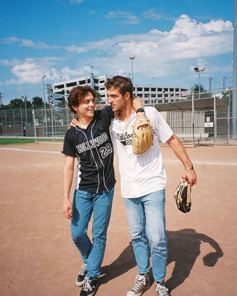 Hung out with recently ⚾️ read the full story now on milk. Rocky Lynch, Pretty Boys, Cute Boys, Bae, Austin And Ally, Scotty Mccreery, Keith Urban, Dancing With The Stars, Celebrity Crush