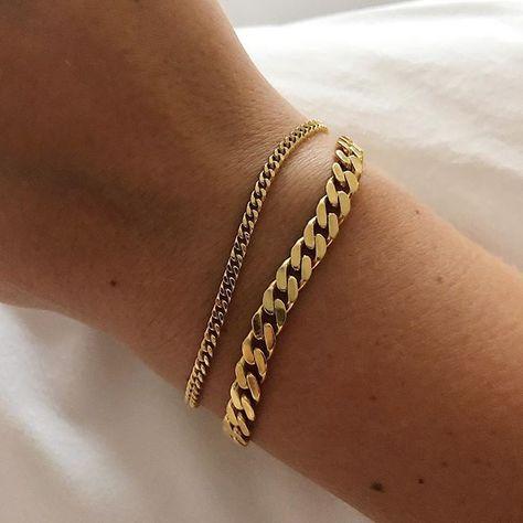 Knoted bracelet / chain link gold bracelets / stacked bracelets / gold dainty jewelry Source by nazyfarnoosh gold Gold Jewelry Simple, Dainty Jewelry, Cute Jewelry, Silver Jewelry, Jewelry Accessories, Jewelry Design, Gold Jewellery, Silver Rings, Men's Jewelry