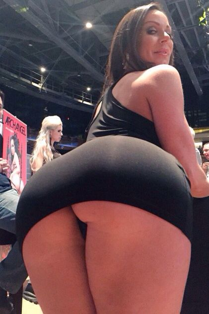 Ass hot nude showing girls mature
