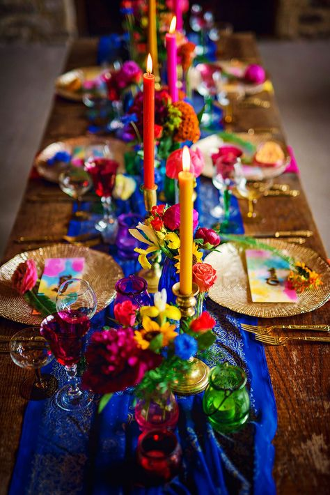 Would love to see this styling at a GreenAcre Event - perfect Festival feel Festival Wedding Inspiration Bridal Shoot, Wedding Shoot, Wedding Table, Our Wedding, Wedding Poses, Mexican Party, Festival Wedding, Cake Festival, Event Decor