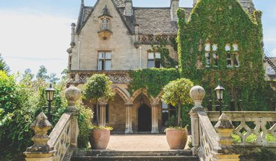 Wedding Venues In South West Manor By The Lake Uk Wedding Venues Directory In 2020 Wedding Venues Uk Cotswolds Wedding Cotswolds Wedding Venue