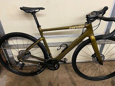 Buy 2020 Cervelo Aspero 54cm Carbon Gravel Bike Ultegra In 2020 Gravel Bike Bicycle Bike