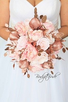 Rose Gold Wedding Flowers For The Bridal Bouquet Sparkly Gold