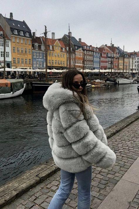 ladies hot sale long sleeve hooded fur warm woman coats cute and American style winter fake fur casu