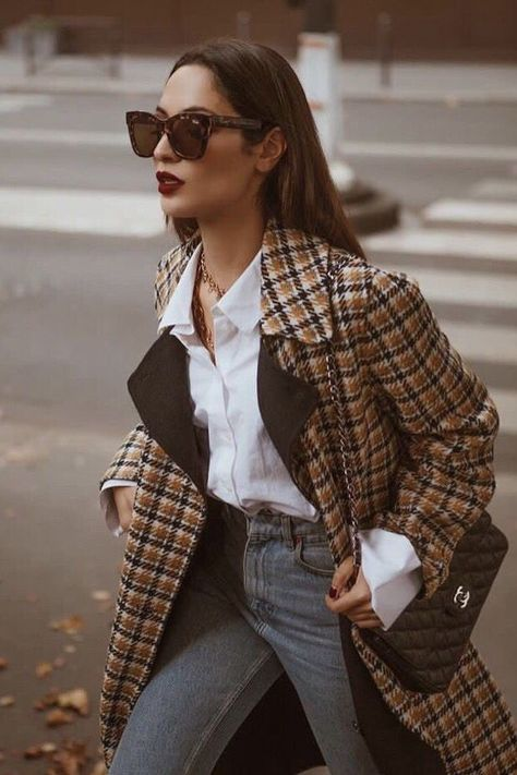 Women's Fall Winter Fashion plaid blazer outfits. Cat eye vintage sunglasses + white shirt + vintage jeans. Spring autumn casual street styles chic classy. #fashion #outfits #ootd #fallfashion #winterfashion #styleinspiration