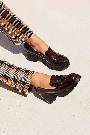 Women's Shoes: Summer Shoes, Fall Shoes & More Women's Shoes: Summer Shoes, Fall Shoes & Block Heel Loafers, Heeled Loafers, Loafers Men, Ladies Loafers, Fall Shoes, Summer Shoes, Outfit Summer, Shoe Boots, Ankle Boots