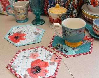 Pioneer Woman Decorfarmhouse Kitchenfarmhouse Decorfabric Etsy In 2020 Vintage Floral Decor Fabric Decor Pioneer Woman Kitchen Decor