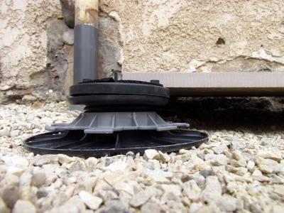 Plot Pour Dalles Autonivelant Reglable 55 75 Mm Carra France Terrasse Bois Dalles Dalle Terrasse