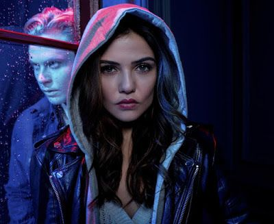 Tell Me A Story Series Trailers Featurette Images And Poster Danielle Campbell Danielle Campbell The Originals Billy Magnussen