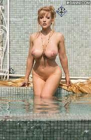 Playboy sarah michelle gellar nude