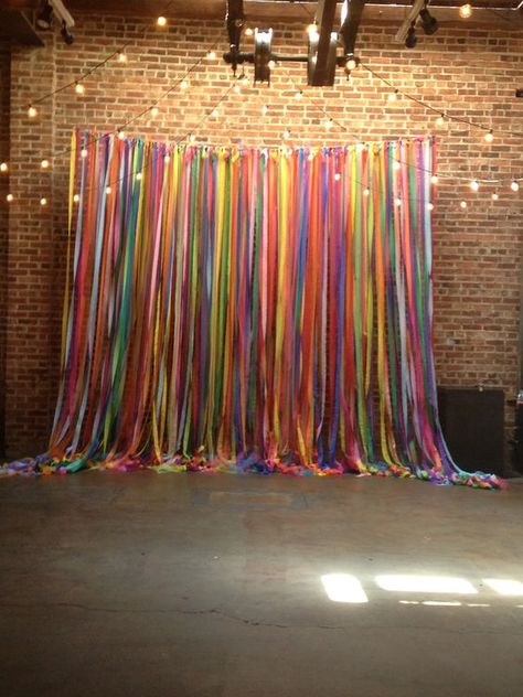 Could be cute outside as a diy photo booth backdrop Party Kulissen, Fiesta Party, 60s Party, Diy Fotokabine, Backdrop Design, Backdrop Ideas, Booth Ideas, Daddy Daughter Dance, Mother Daughters