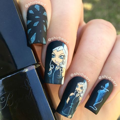 Icy Trix - Winx Club nails