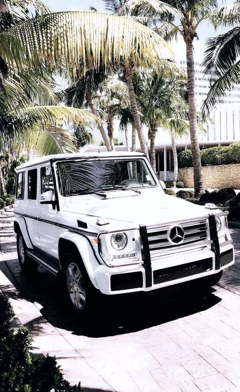 My dream car : a beautiful white Mercedes Benz G Wagon (w/ red interior)! #wallpaper #iphonewallpaper #cars