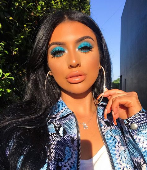 """Deanna 💄 Celebrity MUA on Instagram: """"Live as if you were to die tomorrow, learn as if you were to live forever 🦋  BEAUTY BREAKDOWN: BROWS • @benefitcosmetics precisely my brow…"""" Glamorous Makeup, Glam Makeup, Eyeshadow Makeup, Beauty Makeup, Hair Makeup, Hair Beauty, Makeup Eye Looks, Cute Makeup, Pretty Makeup"""