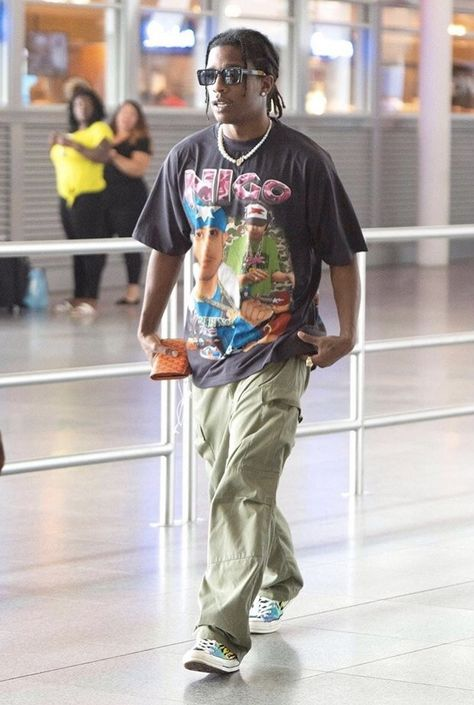 VloneVogue (Posts tagged lil uzi vert) Mode Outfits, Retro Outfits, Fashion Outfits, Asap Rocky Outfits, Hip Hop Fashion, Mens Fashion, Mens Streetwear Fashion, Look Hip Hop, Hip Hop Style