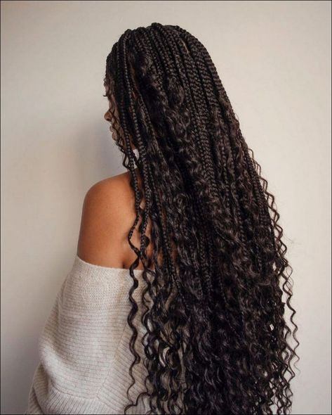 All styles of box braids to sublimate her hair afro On long box braids, everything is allowed! Box Braids Hairstyles For Black Women, African Braids Hairstyles, Braids For Black Hair, Hair For Box Braids, Black Girl Natural Hairstyles, Black Braided Hairstyles, Cute Box Braids Hairstyles, Wedding Hairstyles, Curly Hair Braids