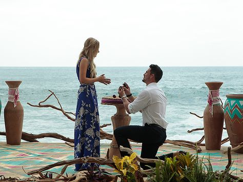 Bachelor in Paradise's Josh Murray and Amanda Stanton: How He's Bonded with Her…