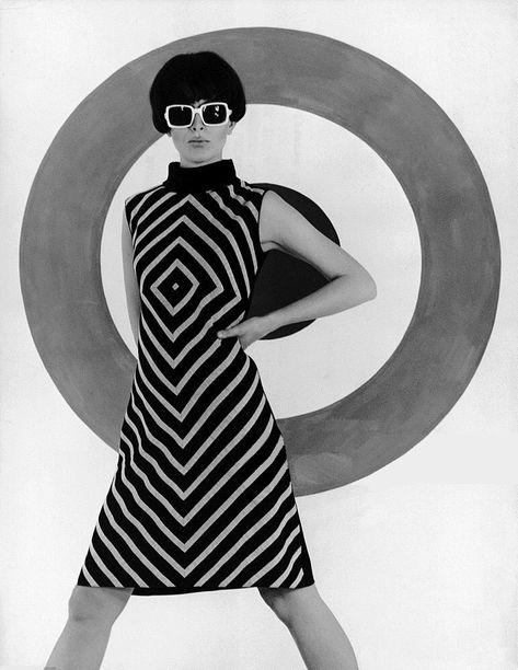 Op Art Model In Milan 1966