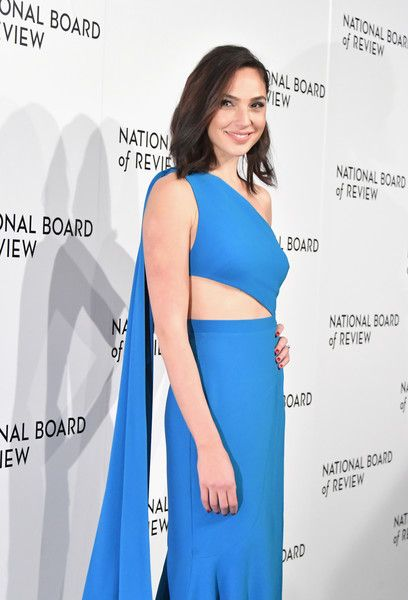 Actor Gal Gadot attends the 2018 National Board of Review Annual Awards Gala.