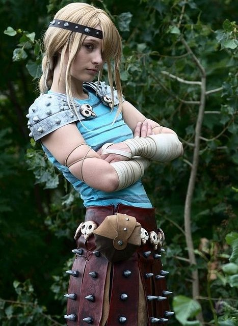 Awesome Astrid cosplay, from How to Train Your Dragon