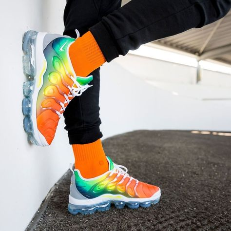 newest collection ff6dd 22fc0 Release Date : April 26, 2018 Nike Air VaporMax Plus « Multicolor » Credit  : Overkill