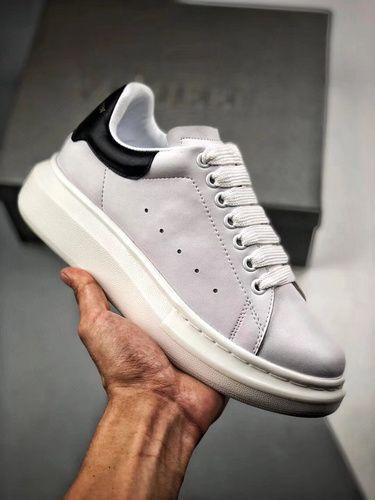 Antídoto Acerca de la configuración estornudar  Alexander McQueen | Yupoo | Adidas stan smith, Adidas stan, Adidas sneakers