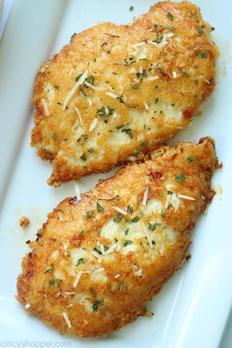 Parmesan Crusted Chicken -We use pounded thin chicken breasts, coat in a delicious Parmesan coating, and then fried to make them crispy. Add this chicken idea to your dinner this week. #DietFoodRecipes #dinnerrecipe