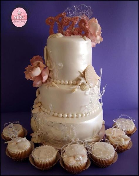 Flowers in the sea wedding cake
