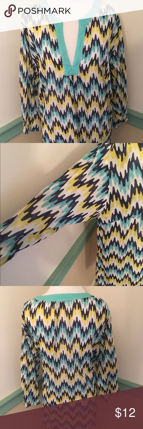 STYLISH CHEVRON PRINT TOP SIZE MED/LARGE Green, navy,yellow and white. 100% cotton could be used as a coverup for bathing suit the length it is.🌞👙 Only worn once. Macbeth collection  Tops Blouses