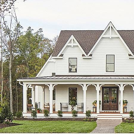 1 000 Square Foot Or Less Makeovers Gothic House House Plans Small House