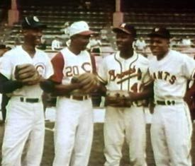 "1960/'s Wrigley Field Roberto Clemente /& Ernie Banks 8/"" x 10/"" Photo"