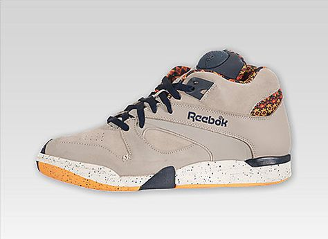 Reebok Court Victory Pump (Indians