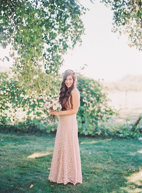 Vintage Inspired Bride in Blush Photography: Michelle March - michellemarch.com
