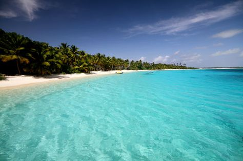 the territory of christmas island is a territory of australia in the indian ocean composed solely of that island http www sky tours com en cx c
