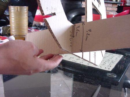 Tuto Pour Votre Premier Meuble En Carton Cocolife En 2020 Meuble En Carton Tuto Meuble En Carton Artisanat En Carton