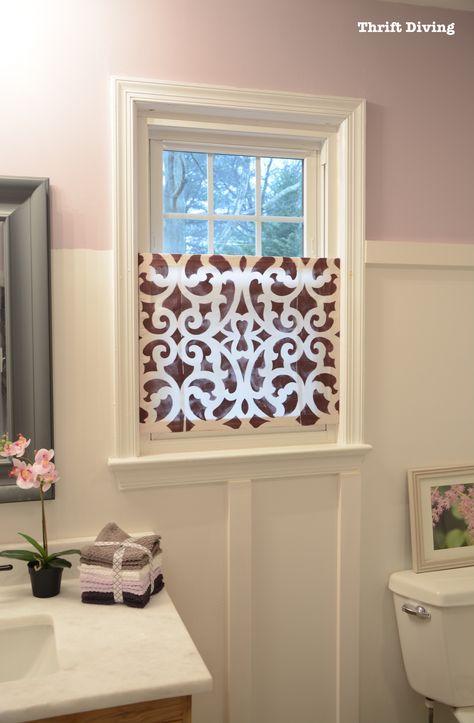 How To Make A Pretty Diy Window Privacy Screen Window Coverings Diy Bathroom Window Curtains Bathroom Window Privacy