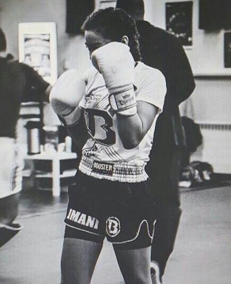 rencontre femme boxe cherche homme rond