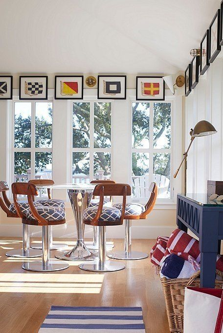 Nautical Style Can Be Surprisingly Sophisticated Case In Point This Cape Cod Guesthouse Designed By Lisa Hildebrand Love To Look Of Home Home Decor Interior