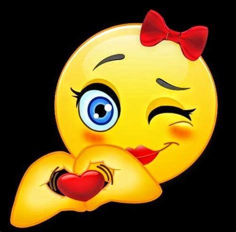 GIFY I OBRAZKI: WESOŁE MINKI | Emoji Love, Love Smiley