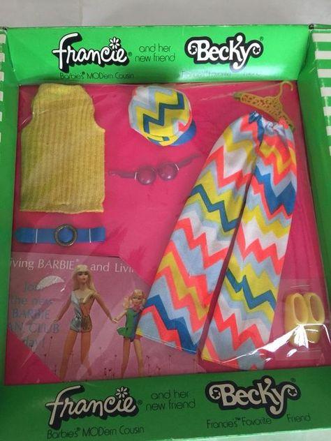 Lot 39 Pc Vintage Plastic Filigree Clothes Hangers Barbie Francie Skipper Doll