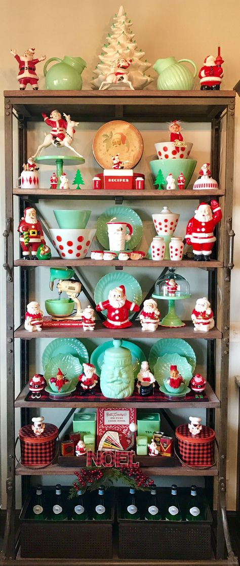 Love the bottles stored on the bottom shelf, perfect for my coffee bar Christmas Past, All Things Christmas, Christmas Holidays, Christmas Crafts, Christmas Ornaments, Christmas Ideas, Xmas, Christmas Figurines, Antique Christmas Decorations