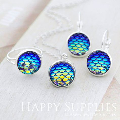10PCS Mermaid Fish Scale  Resin Metal Charms Pendant Jewelry Necklace DIY 12mm