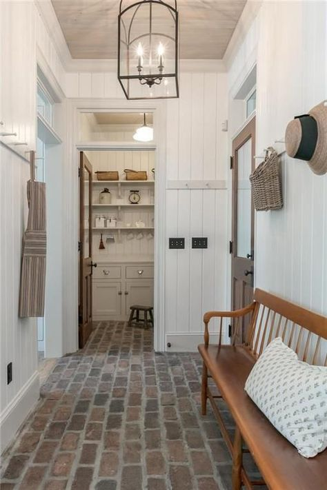 Recreating the Look of an Old Farmhouse in Kansas This new farmhouse for sale in. - Recreating the Look of an Old Farmhouse in Kansas This new farmhouse for sale in Prairie Village, K -