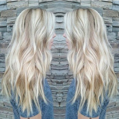 Every woman could accomplish the dream owning the long hair@www.moresoo.com #moresoo tape in hair extensions #tape in hair extenisons #blonde hair extensions #white blonde hair extensions
