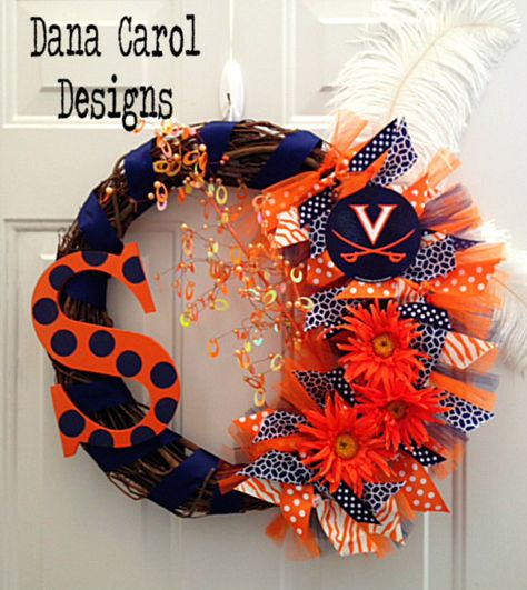 Items similar to Virginia Cavaliers Team Wreath With Initial on Etsy
