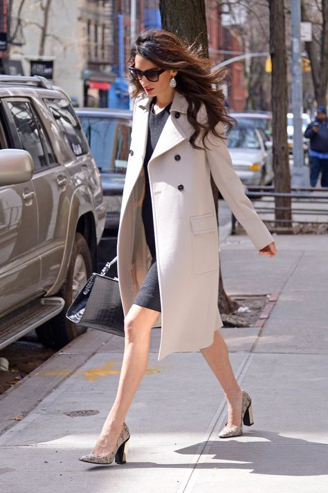 Amal Clooney spotted arriving at Columbia Law School in New York – Amal Clooney Style