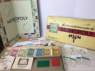 Ages 6 Be The First One Home /& Win! Parker brothers board games No Apologies